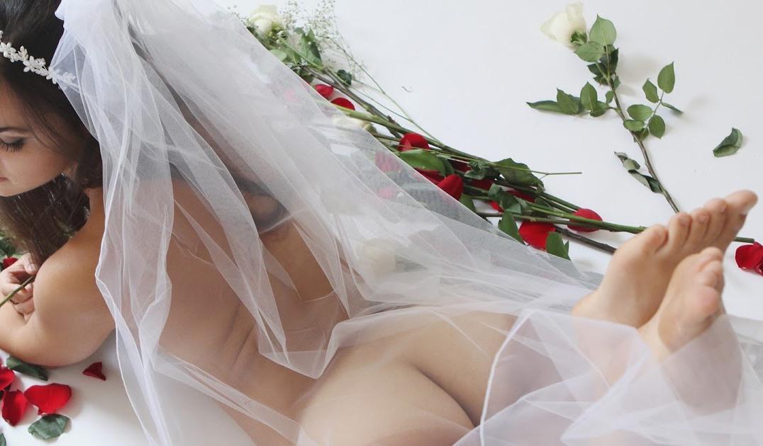 сладкая попа невесты слушайте, эта